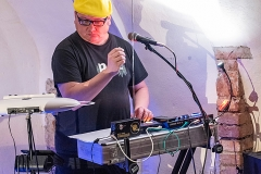 theremin_00541