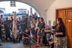 Úvodní slovo Martiny Vítkové, vernisáž Sympozia umění a odpad, odpad a umění IV